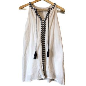 Sleeveless embroidered tunic with tassels